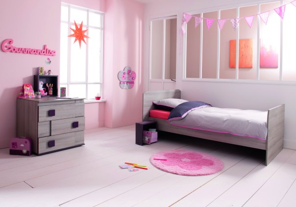 une nouvelle chambre girly pour mes filles sponso paris pages blog. Black Bedroom Furniture Sets. Home Design Ideas